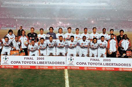Resultado de imagem para SPFC campeão Libertadores 2005