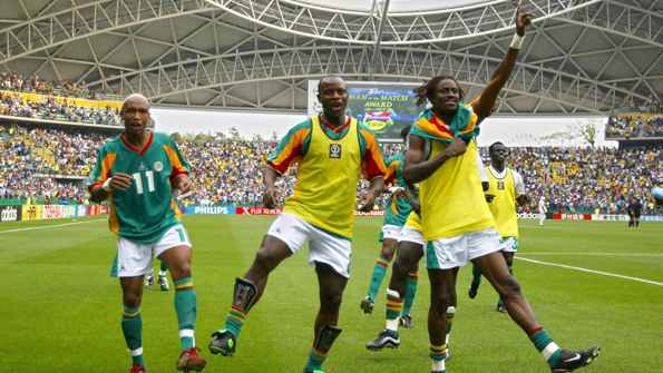 (From L-R) Senegal's forward El Hadji Diouf, forwa