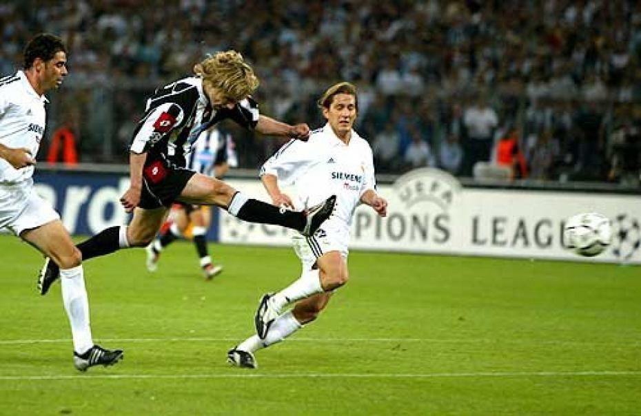il-gol-di-nedved-in-juventus-real-madrid